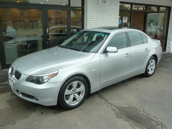 2007 BMW 5-Series 525xi AWD